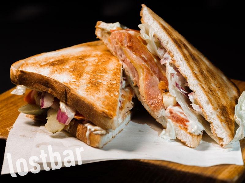 Сендвич с беконом